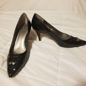 Circa joan&David kitten heels